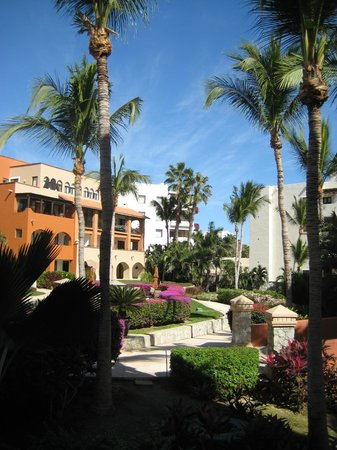 Casa del Mar Golf Resort & Spa : Looking back at hotel