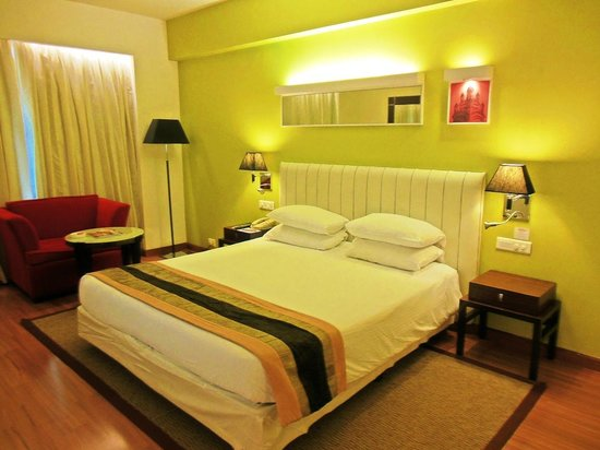 The Gateway Hotel MG Road Vijayawada: Room Interior