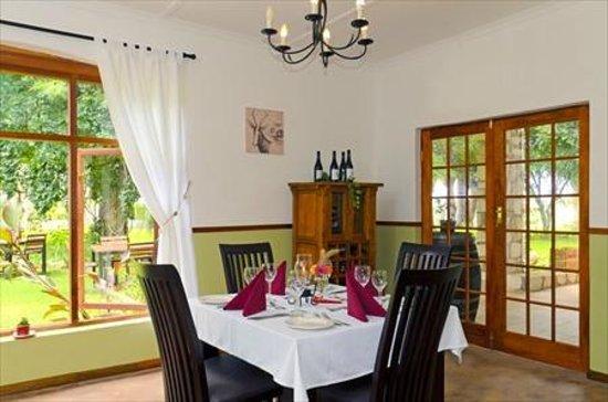 Kalahari Farmhouse: Restaurant