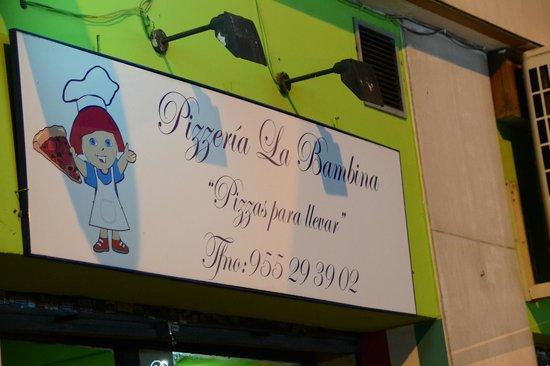 Pizzeria La Bambina: foto insegna pizzeria
