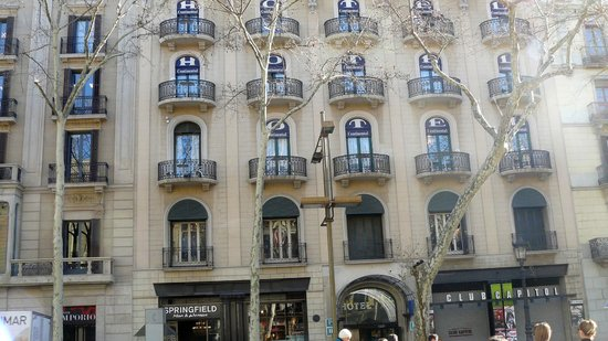 Hotel Continental Barcelona: front of hotel
