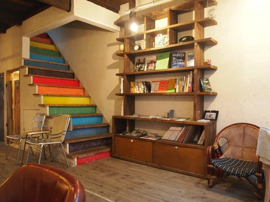 toco.-Tokyo Heritage Hostel: Creative space of Lobby, bar and reception