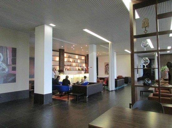 Executive Hotel Samba: Bar