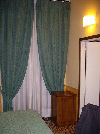 هوتل تشيسورالي: Room