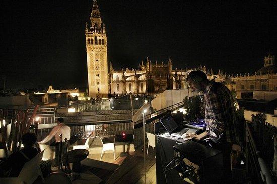 Las noches de la terraza de eme bild fr n la terraza - Terraza hotel eme ...