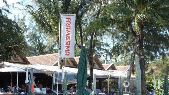 BEST WESTERN Premier Bangtao Beach Resort & Spa: plage de l'hotel