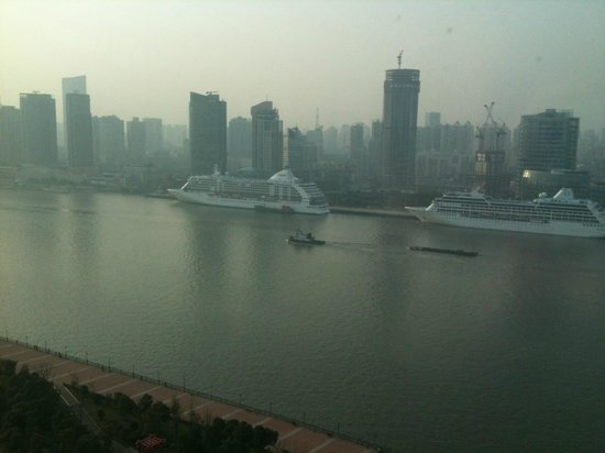 Grand Kempinski Hotel Shanghai: View from River View room
