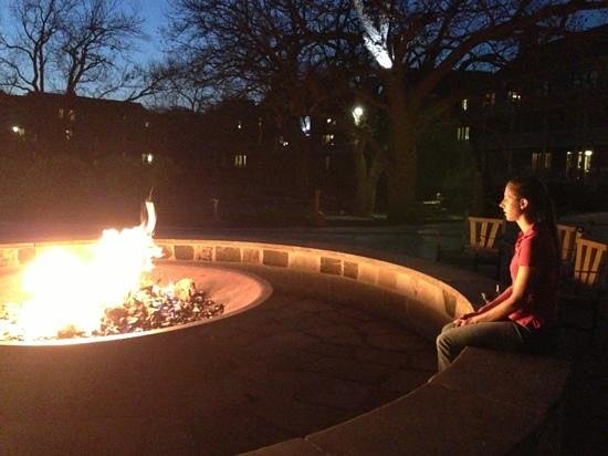 Hyatt Regency Lost Pines Resort and Spa: Evening fire pit is lovely