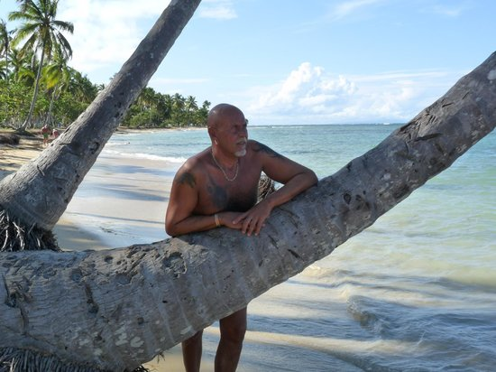 Grand Bahia Principe El Portillo: strant zicht