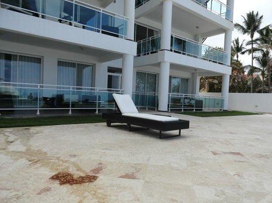 Watermark: Vista del Hotel desde la Piscina