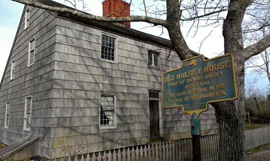 The Thomas Halsey Homestead : Old Halsey House
