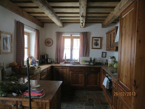 St Martin Chalets: The Kitchen (no 10)