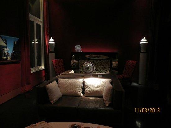 SINA Centurion Palace: Cosy lounge area