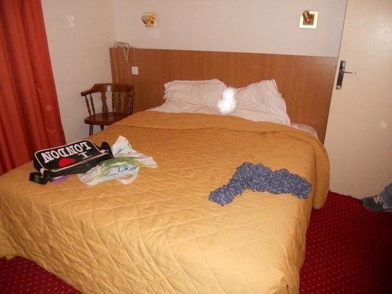 Hotel Saint-Roch : camera