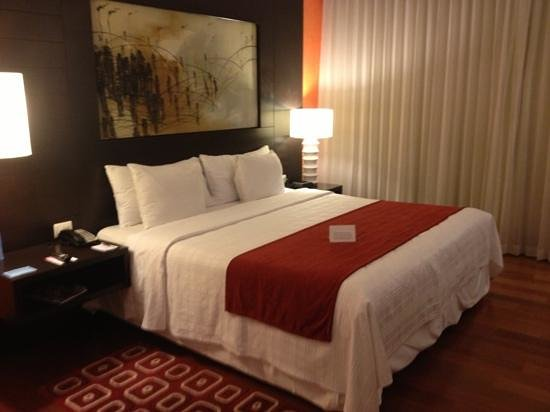 NH Collection Guadalajara Providencia: Modern Rooms