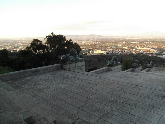 Rhodes Memorial: View over the city from memorial
