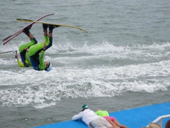 Sarasota Ski-A-Rees Water Ski Show : Flipping over the announcer!