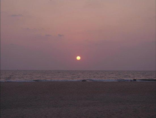 Cavelossim Beach: Sunset at cavelossim