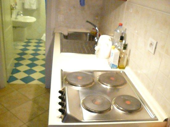 Residence V Tunich 14: angolo cottura -elvira-