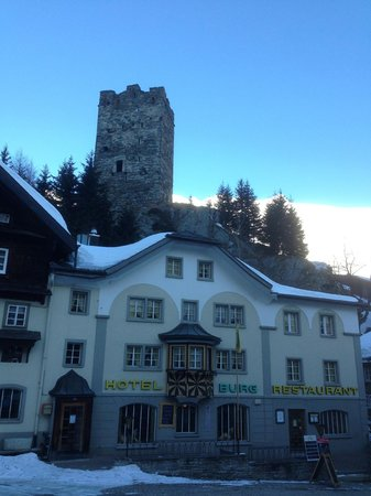 Hotel Burg: hotel with the old castle