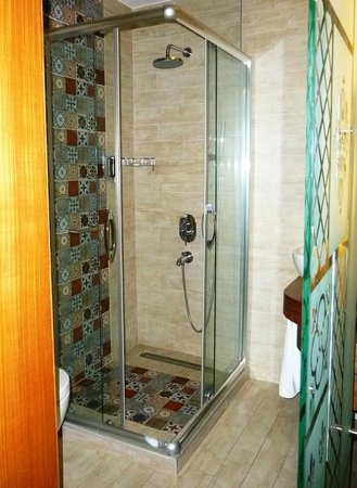Collage Pera Hotel: bathroom