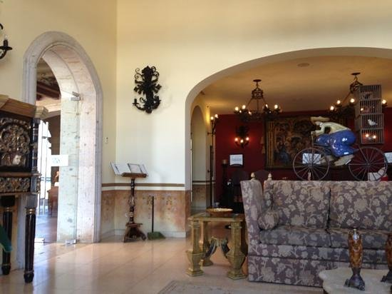 Hacienda Encantada Resort & Residences: lobby