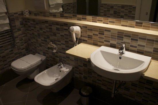 Ambasciatori Hotel: Bagno
