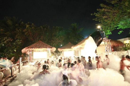 Hard Rock Hotel Pattaya : party