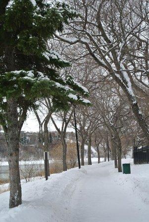 Sheraton Cavalier Saskatoon Hotel: Riverside Trail