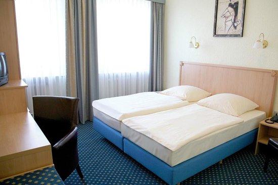 Hotel Basler Hof : Beispiel Doppelzimmer