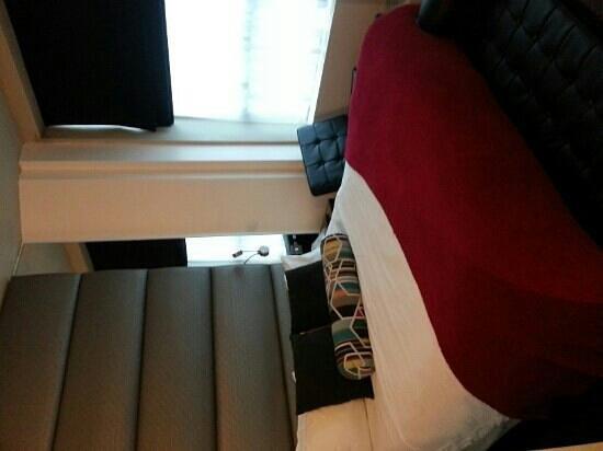 Sandman Signature Newcastle Hotel: room