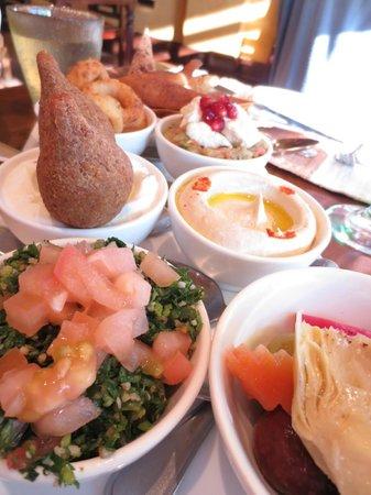 Bab Al Shams Desert Resort & Spa: closeup of appetizer tray