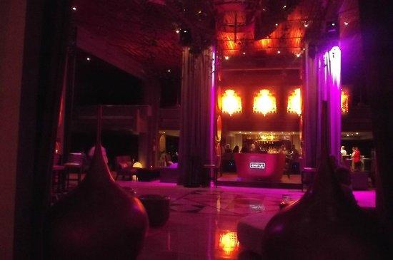 Paradisus Cancun: Lobby Bar.