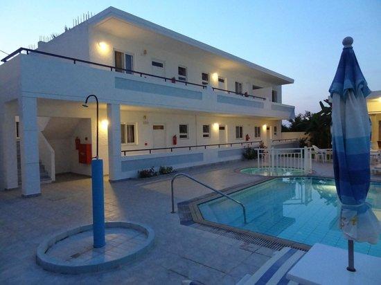 Michalis Studios & Apartments: two bedroom apartments