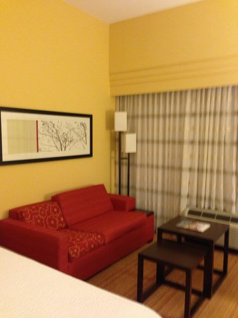 Courtyard by Marriott St. Augustine I-95: pull out sofa bed