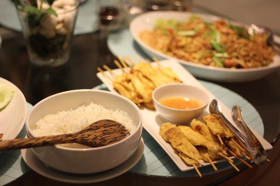 Ban Suriya: Amaing food!