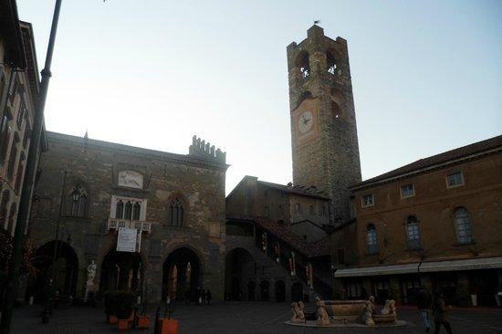 Repepo's Bed and Breakfast: Piazza Vecchia