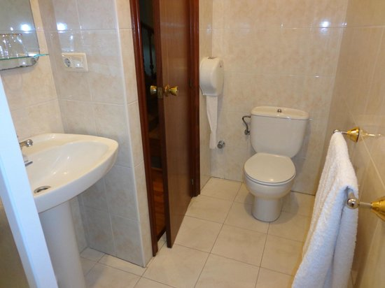 Pension Beizama : Baño privado