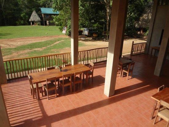 Martz Farm Treehouses and Cabanas Ltd.: Dining Area