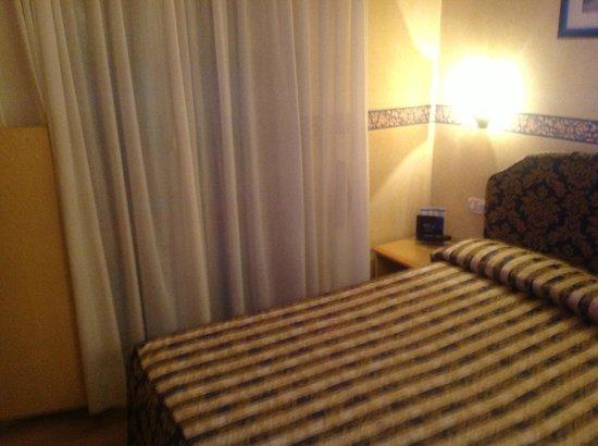 Hotel Duomo Salo: dettaglio camera