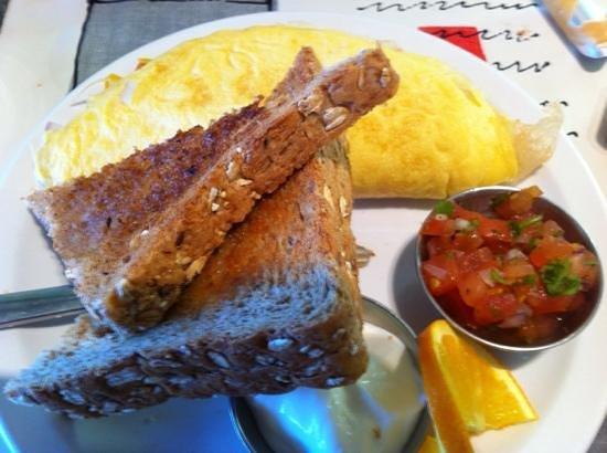 Side Dish Cafe: southwest omlette