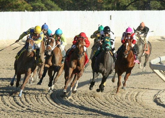 Vinton, LA: Racing at Delta Downs