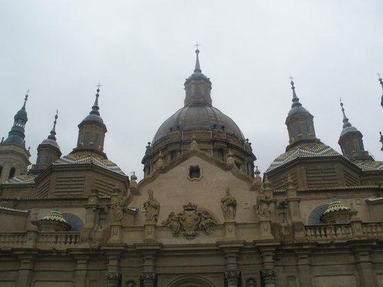 Silken Reino de Aragon Hotel: el pilar