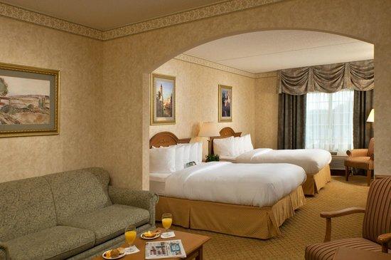Comfort Suites Clifton Park: Suite with 2 Queens
