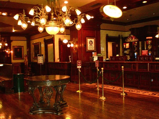 Main Street Station Hotel & Casino: Lobby