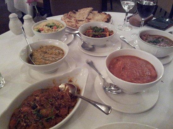 Vujon: the main course - we need a bigger table!
