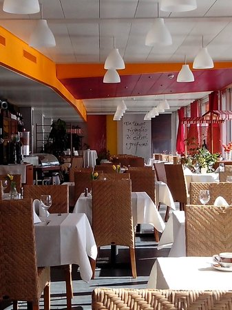 Tresa Bay Hotel: Sala ristorante