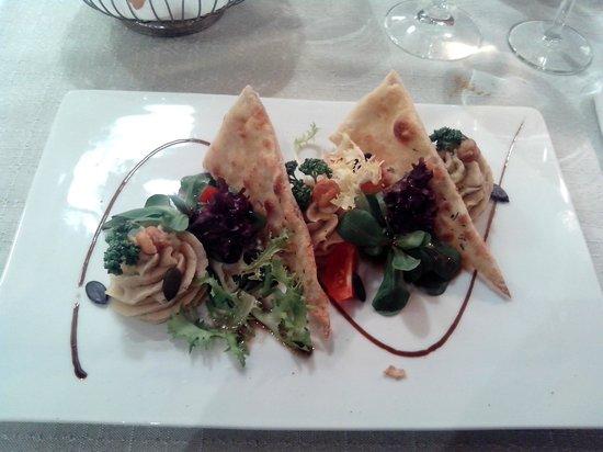 Tresa Bay Hotel: Antipasto di hummus