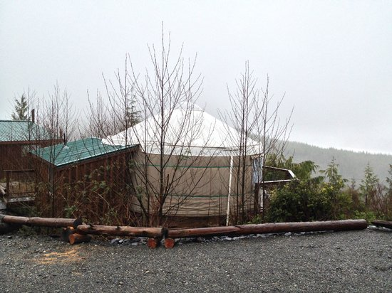Soule Creek Lodge: Yurt in March and still beautiful