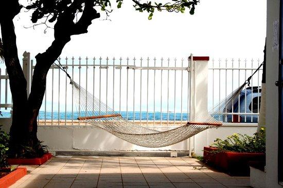 Tres Palmas Inn: Relax